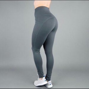 Buffbunny Gray Luna Leggings M